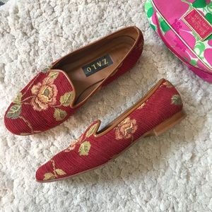 ZALO: Maroon Rose Embroidered Size 9 Loafer/Flats